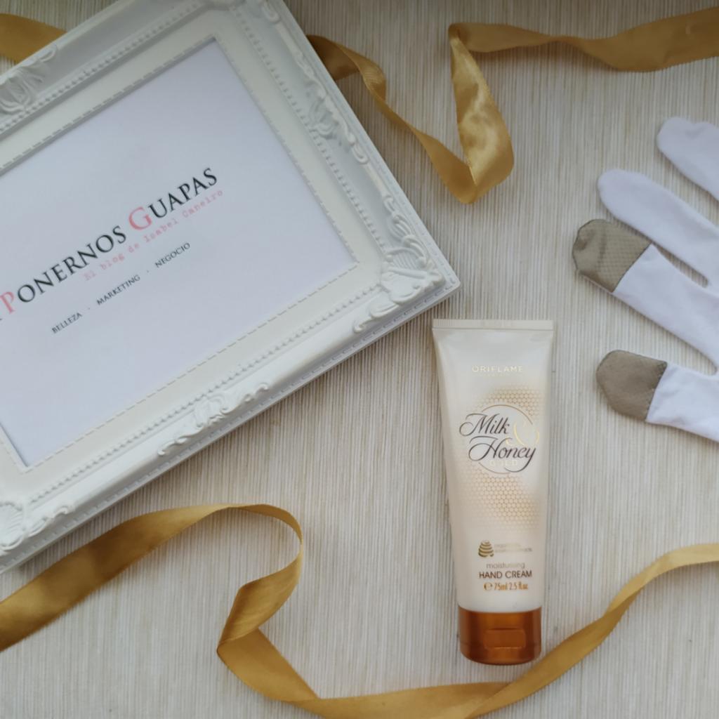 Crema de manos Milk & Honey y guantes hidratantes táctiles Oriflame